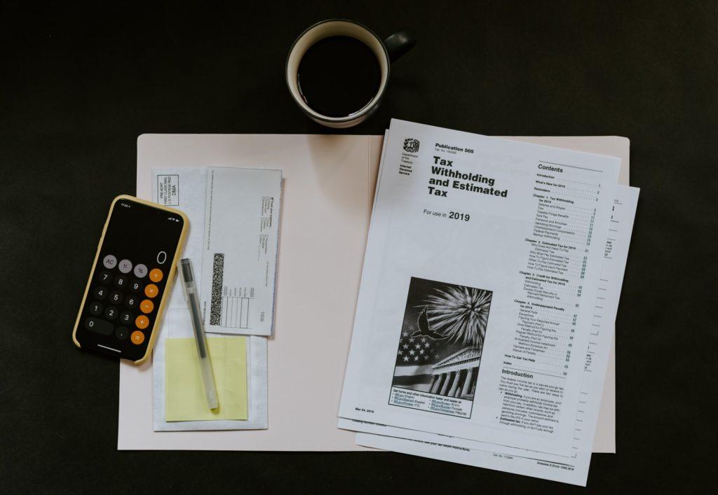 インターンで給料が貰える場合の税金の対処法
